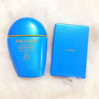 Shiseido UV Protective Liquid Foundation in Ligh Ochre with Sponge with Case