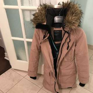 Golden Bancroft TNA Parka