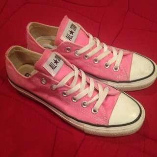 Light Pink Converse WOMENS SIZE 8