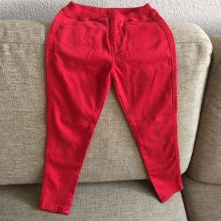 Nice Red Uniqolo Pants Size 110-120 For Gal