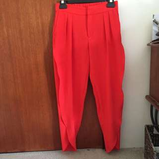 Chilli Red 3/4 Trousers