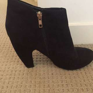 dotti suede boots