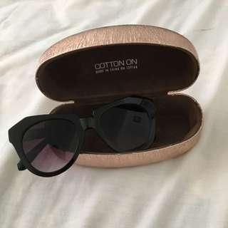 PENDING Sunglasses + Case Bundle