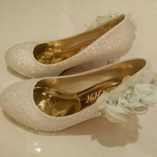 Bridal Shoe (Grey With Light Blue Flower)