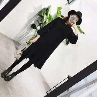 迷人的魚尾連身裙 比較厚實的毛料 簡單大方 再冷一些搭配個長大衣 是不是很有女人味