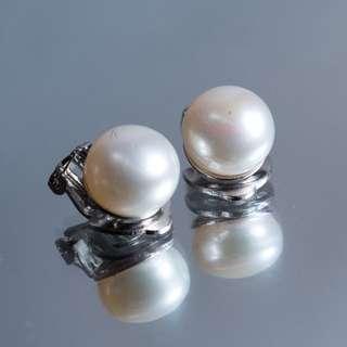 Real pearl earrings by clip 珍珠夾耳環