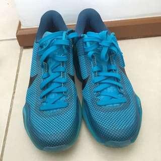 Kobe 10 Size 8.5