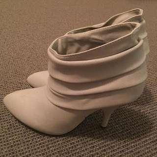 Kasu grey ankle boots UK6/EU39
