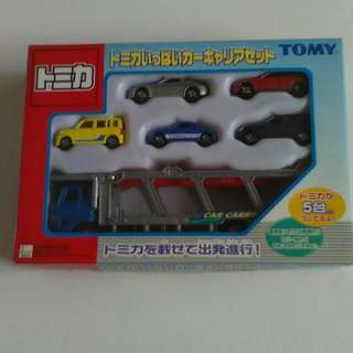 Tomica Car Carrier Gift Set