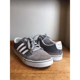 Adidas shoes/ grey/ US mens size 11