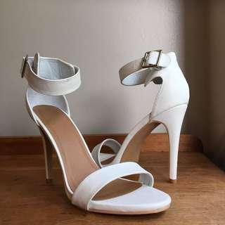 White heels/ Size10/or 42