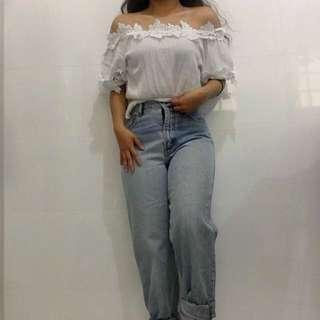 Vintage ESPIRIT Light Wash High Waisted Mom Jeans