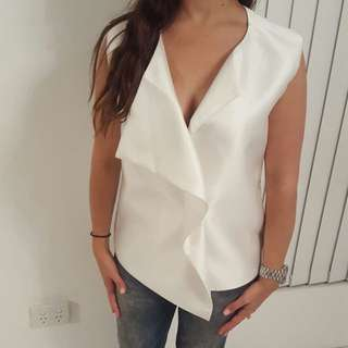 NWOT TY-LR White szS Vest RRP $180