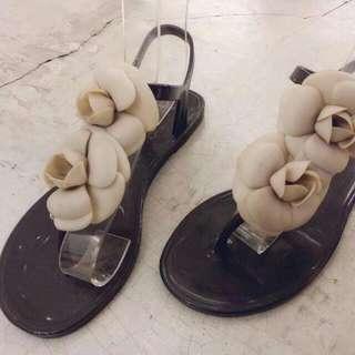花朵涼鞋 37號