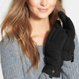 UGG Genuine Shearling Gloves with Leather Trim - Retails $185