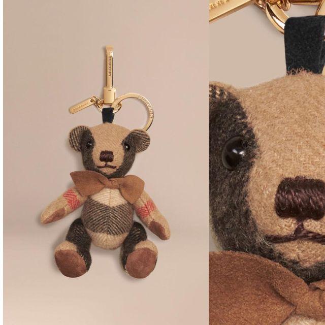 代購 burberry造型台灣定價5600 THOMAS 泰迪熊墜飾# THOMAS 泰迪熊墜飾 19色