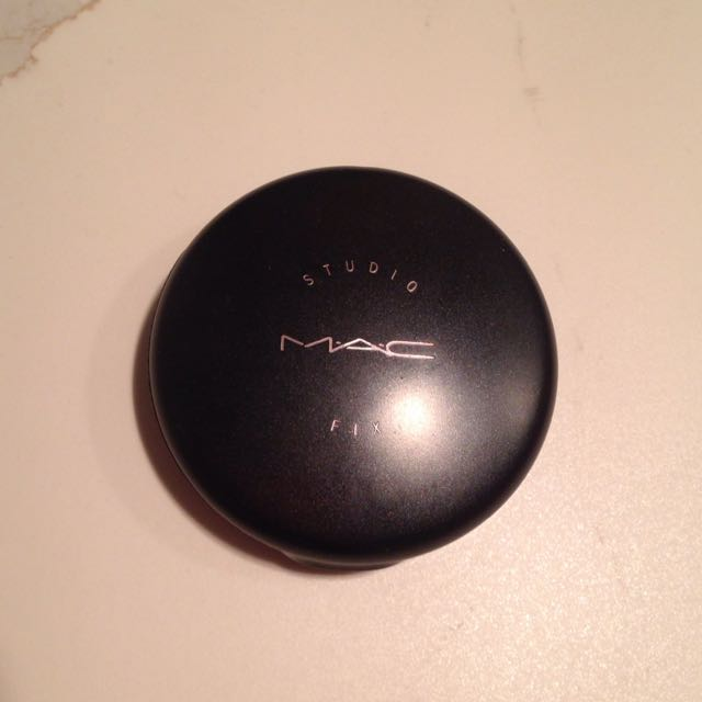 Authentic MAC Studio Fix Powder N4