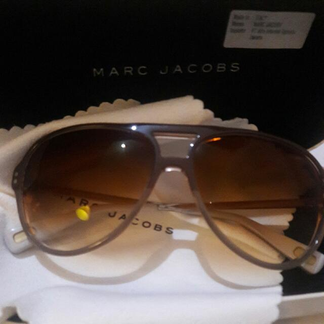 Authentic MARC JACOBS