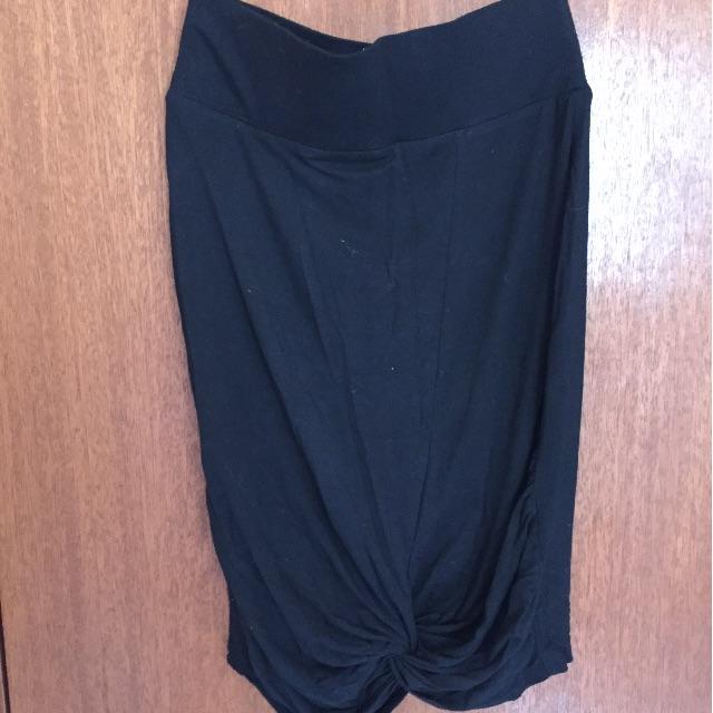 Black Knot Skirt Size 10