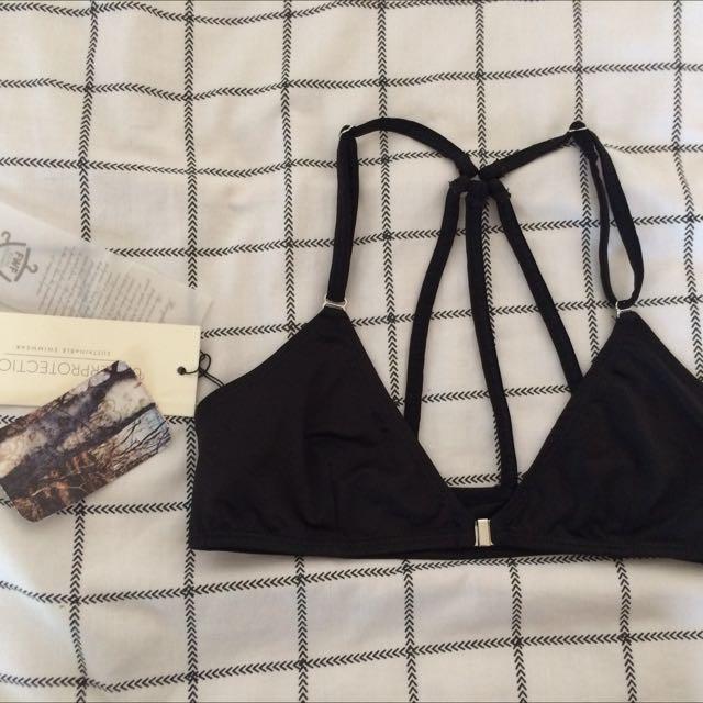 BNWT Underprotection Ziggy Black Buckle Bikini Top Bra Size 6