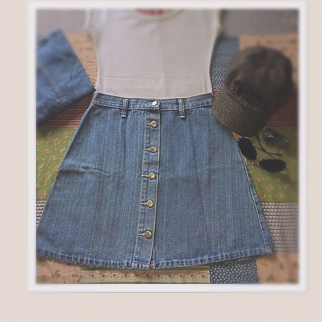 """""""buttoned denim miniskirt"""""""