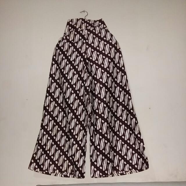 Celana Panjang Serut