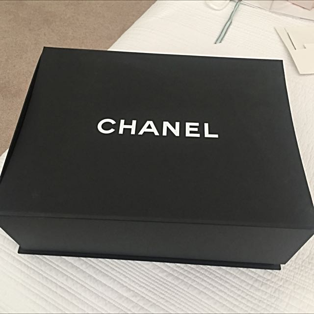 Chanel Packaging