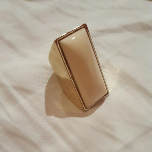 Cream/Gold Rectangle Ring