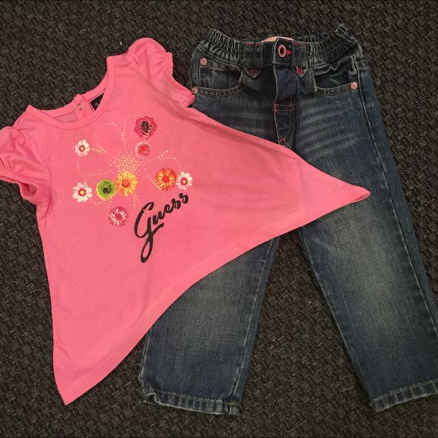 Designer Guess Jeans + T-shirt