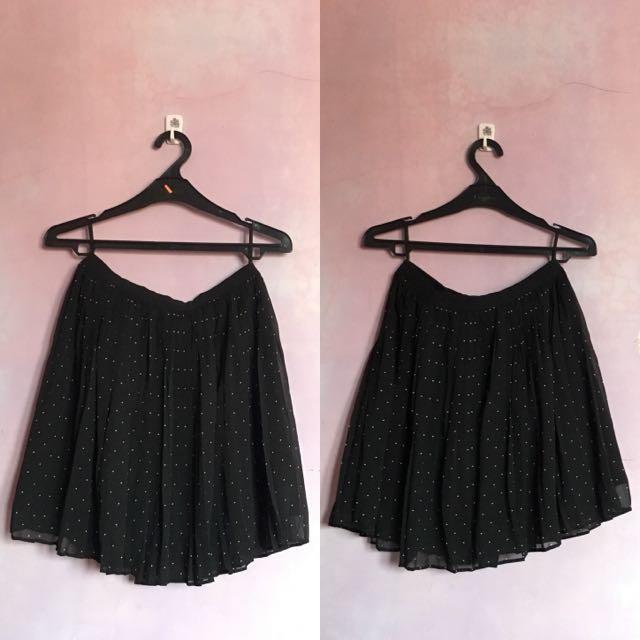 [PRELOVED] Uniqlo Polkadot Flare Mini Skirt