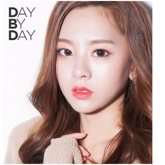 Secret Key Pony Makeup Korean Celebrity Mystic Orange Coral Bronze Taupe Smoke Day To Night Eye Shadow Quad Palette (Missha/Faceshop/Pony/Crease Free/Naked) ...