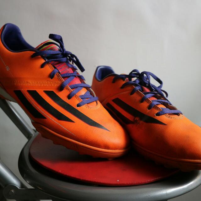 sepatu bola - sepatu futsal - adidas ori