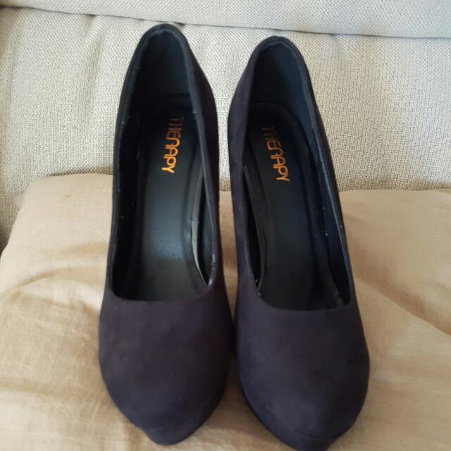 Therapy Black Suede Pumps