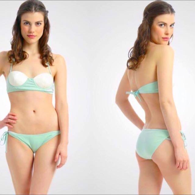 Two-Toned Bikini (Bunga Pantai Beachwear)