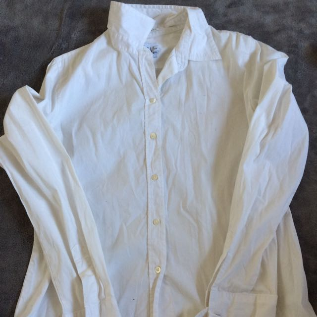White Gap Shirt
