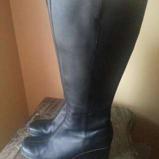ROCKPORT WOMEN WEDGE WINTER BOOT SIZE 10
