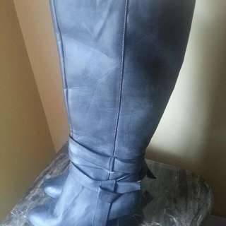 ALFRED SUNG PURE WOMEN WINTER BOOT SIZE 9