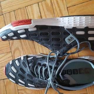 Size 11 Reebok Shoes