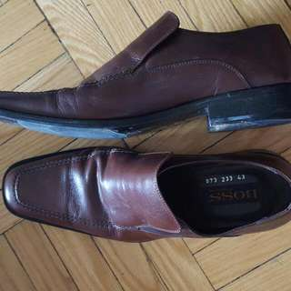 Hugo BOSS Size 43