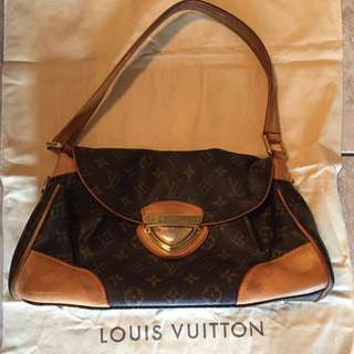 Authentic Great Used Condition Louis Vuitton Purse