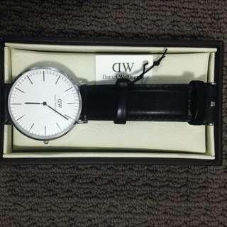 Classic Sheffield Daniel Wellington Watch