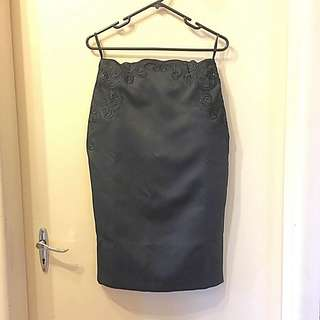 Ted Baker - Embroidered Pencil Skirt