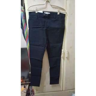 🚚 彈性窄管褲
