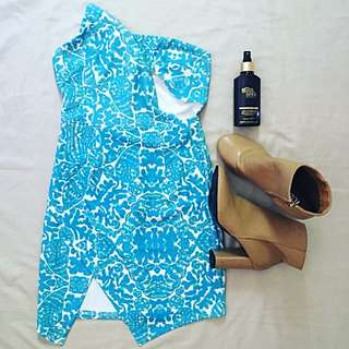 Loving Things (size 8)- Blue & White Strapless Dress