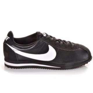 Nike 黑 白 阿甘鞋