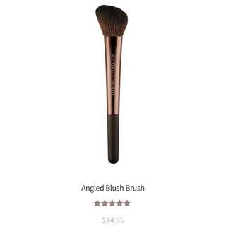 Nude By Nature - Angled Blush Brush (RRP $24.95)