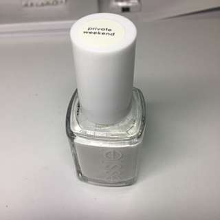 NEW Essie - Private Weekend