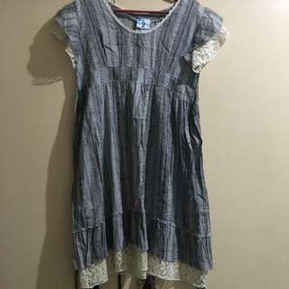 Jellybean Vintage Dress With Lace Accent