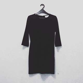Little Black Dress Gaudi