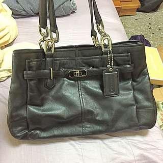 Coach黑色包包